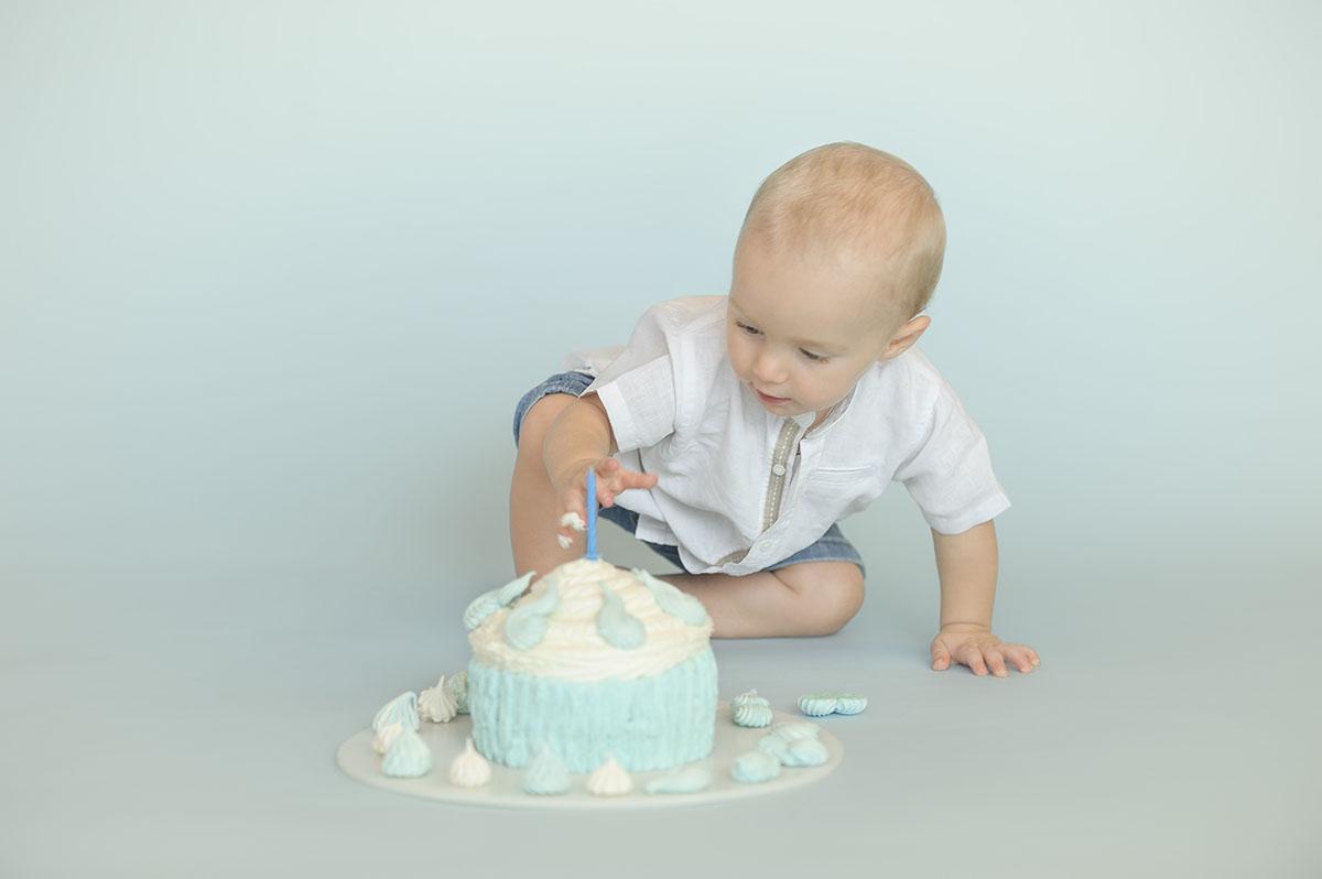 ritratto bambino con torta