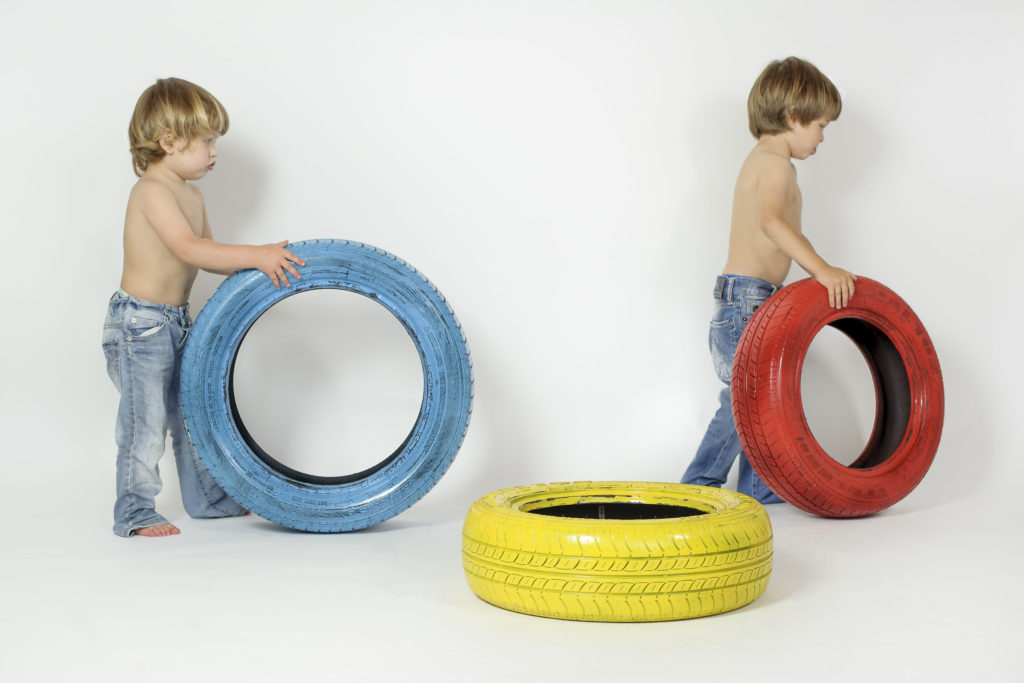 bambini-camminano-con-ruote-jpg