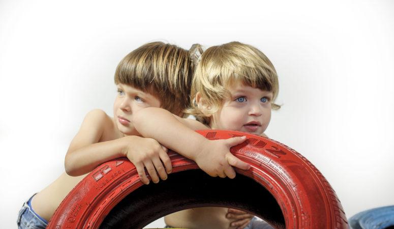 Quattro ruote e due bambini